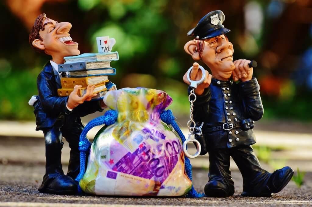 海关没收现金 扣押货品 直接遣返 律师